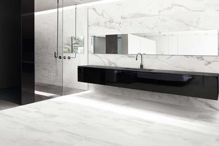 come scegliere piastrelle per il bagno